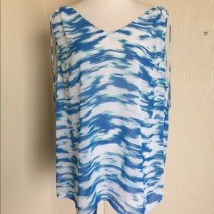 Two by Vince Camuto poolside print tunic top